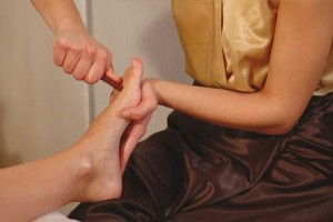 Thai-foot-massage-online-massage-course