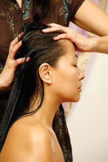 Indian-head-massage-champi-course